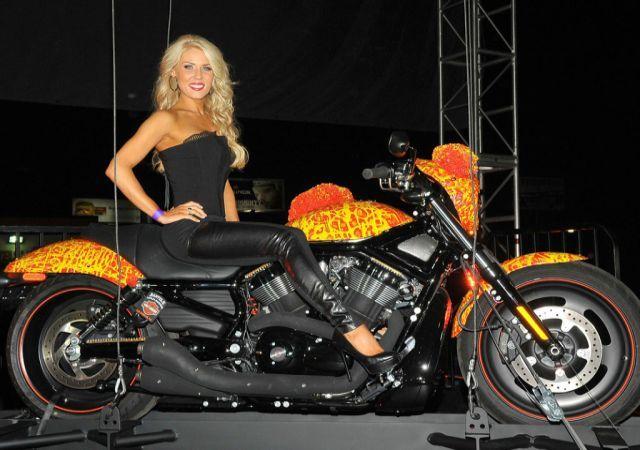 Harley Davidson Cosmic Starship-640