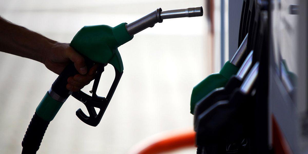 Επιδιώκουν τη δραστική μείωση των καυσίμων…