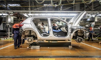 Volvo-XC40-production-a1000x600