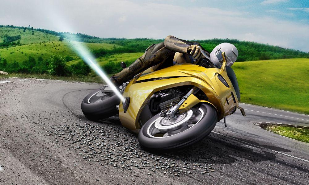 Σύστημα με προωθητήρες κατά του γλιστρήματος σε μοτοσικλέτες (Video)