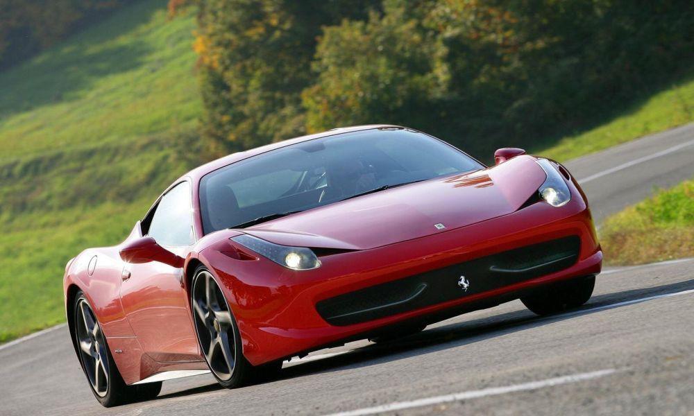 Τρακάρισμα Ferrari σε… χρόνο ρεκόρ (vid)