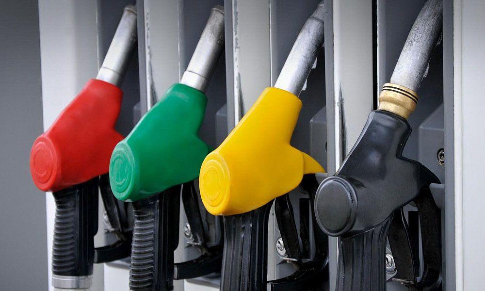 Νέα βενζίνη και νέες ετικέτες σε πρατήρια-αυτοκίνητα