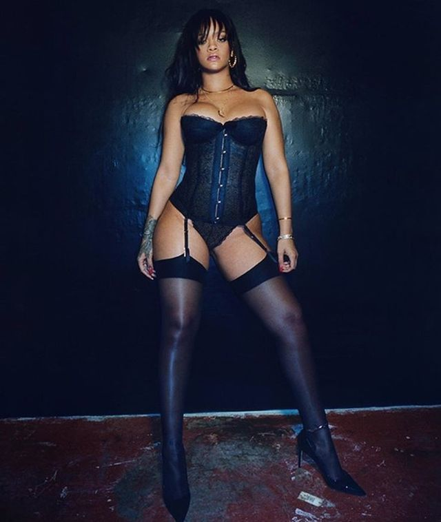 rihanna-underwear-b640