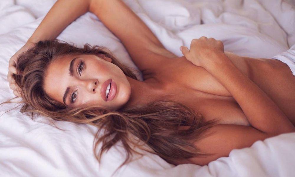 Η ωραιότερη γυναίκα του πλανήτη ποζάρει γυμνή! (ΦΩΤΟ)