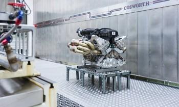 c2b5cc44-aston-martin-valkyrie-v12-engine-13-chariatis-1000