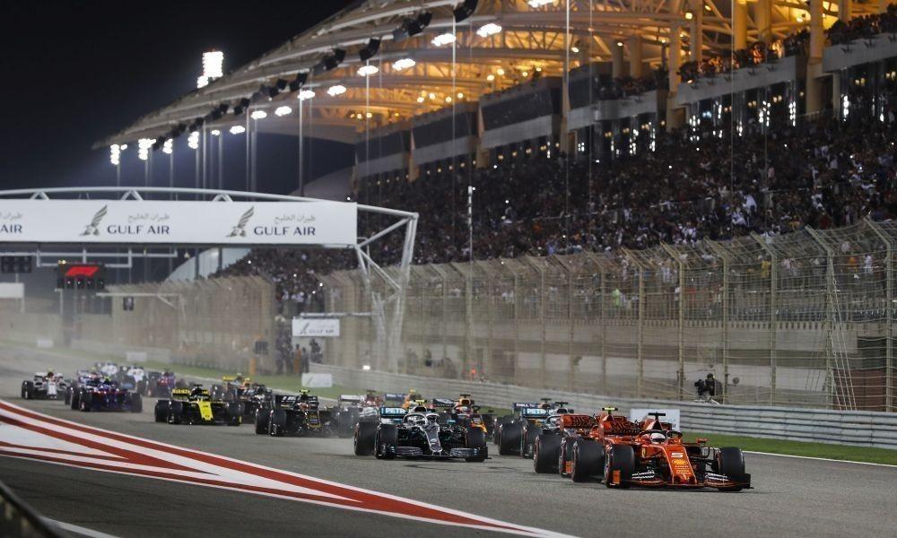 bahrain19-pirelli-start-a1000x600