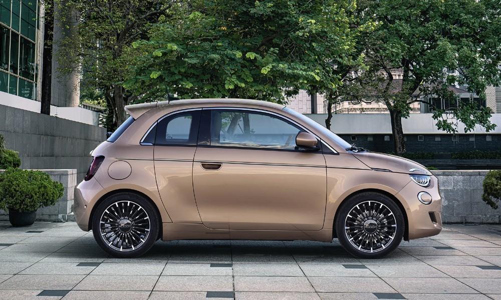 Δε θα το πιστέψετε πόσο στοιχίζει στην Ελλάδα το ηλεκτρικό Fiat 500 9
