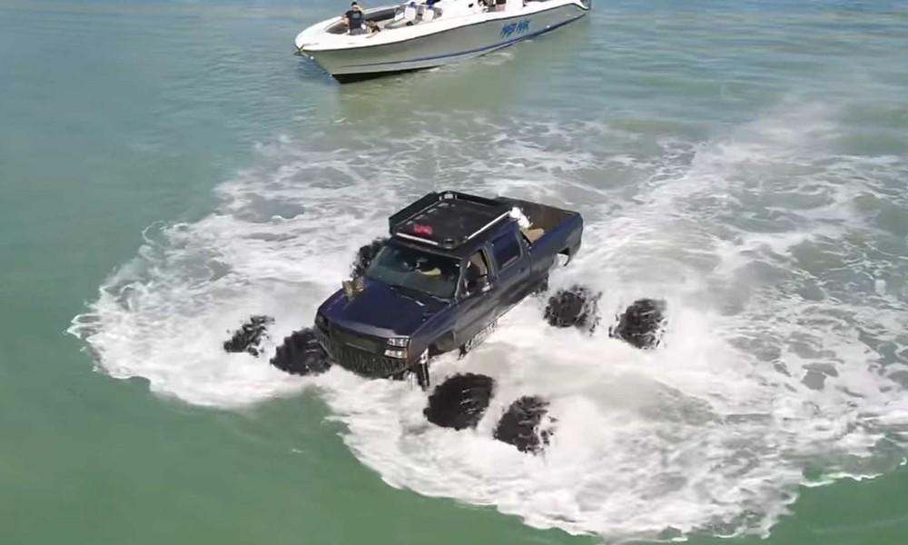 monstermax-water-truck