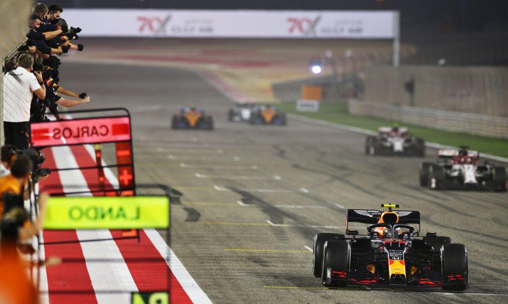 albon-bahrain20-finish1000x600
