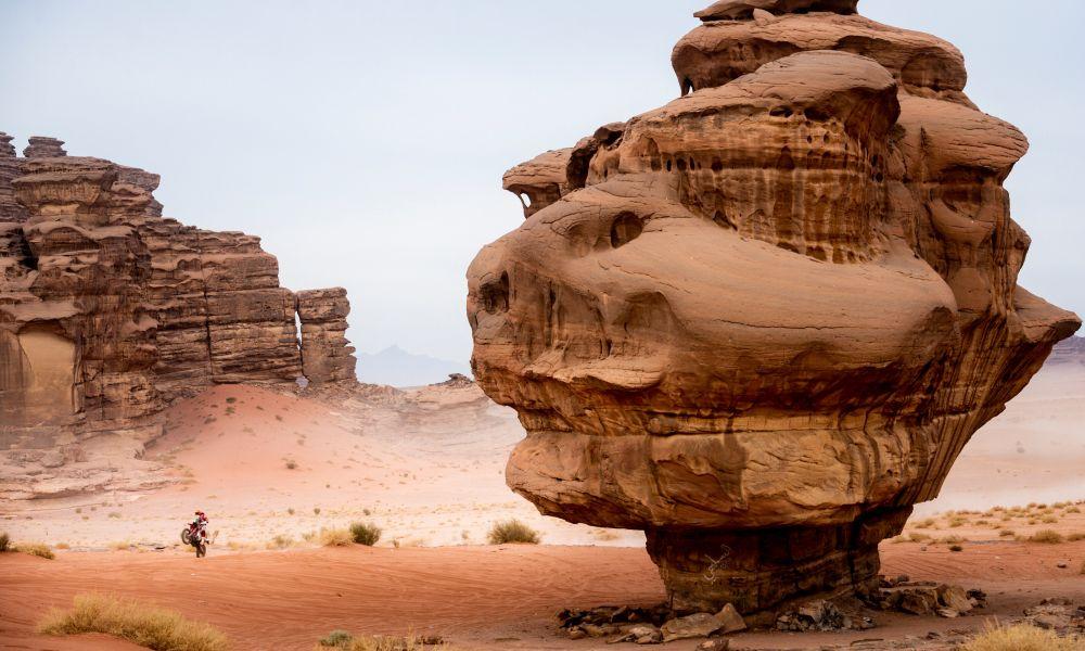 Sanz-Dakar21-S10-a1000x600