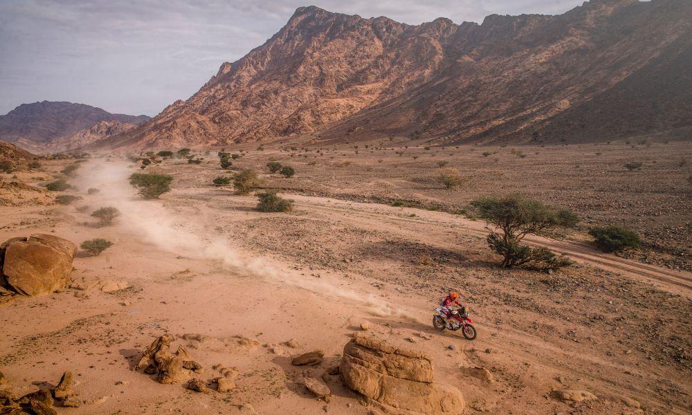 Sanz-Dakar21-S11-a1000x600