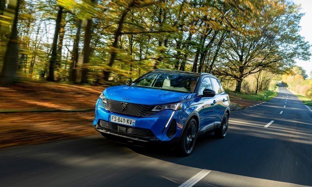 Peugeot-3008-2020-blue-b1000x600