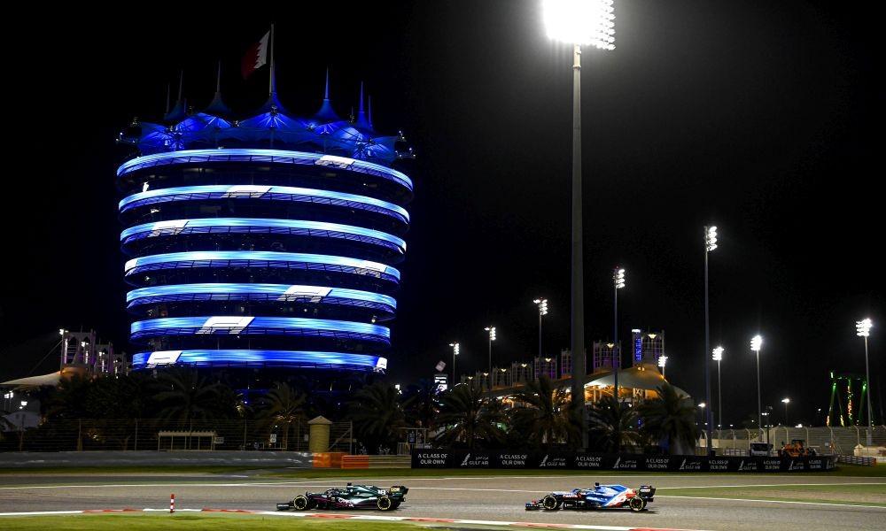 bahrain21-race-pirelli-a1000x600