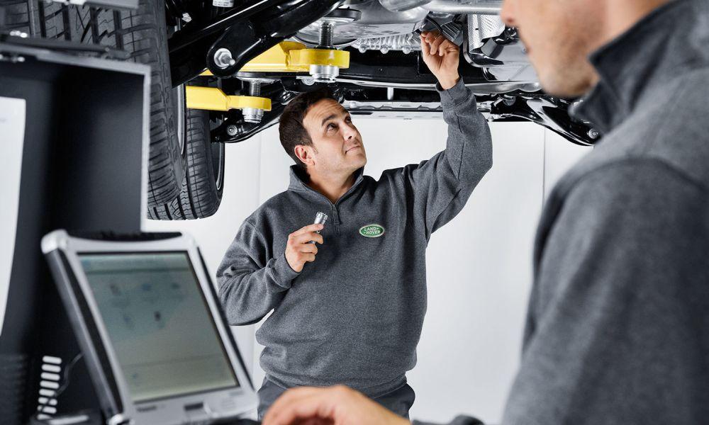 Land-Rover-service-b1000x600